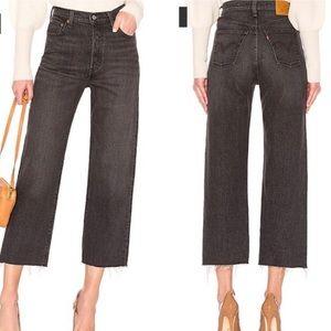 Levi's Ribcage Straight Jeans in Dark Grey